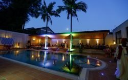 Heron Portico, formerly the Heron Court Hotel, last evening treated selected guests to the exclusive opening of its new Sirocco Aqua Poolside Bar.